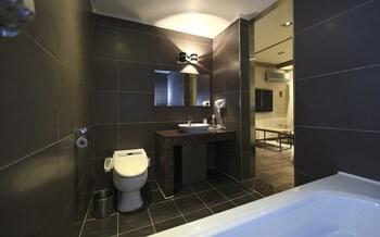 Hill House Park - Bathroom  - #0