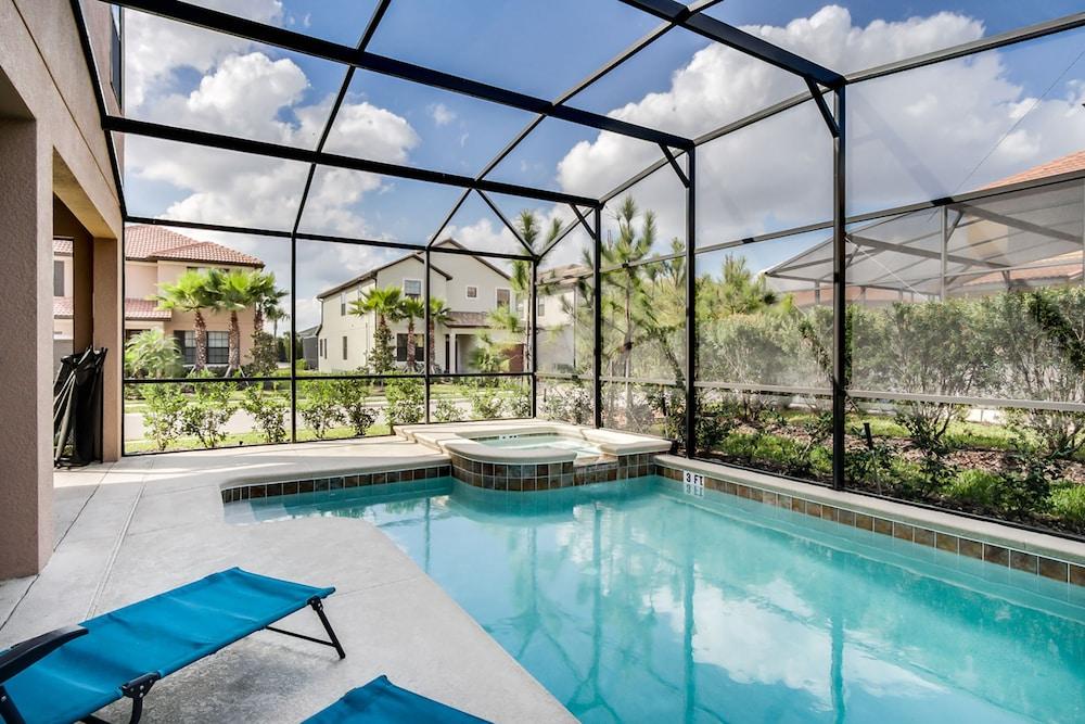 Florint Pool Homes