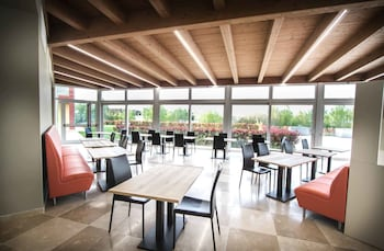 Arezzo Sport College - Restaurant  - #0