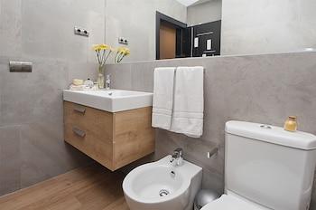Apartamentos Suites Oficentro Deluxe - Bathroom  - #0