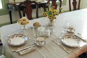 The Farmhouse Estate - Breakfast Area  - #0