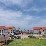 晨之海灘旅館