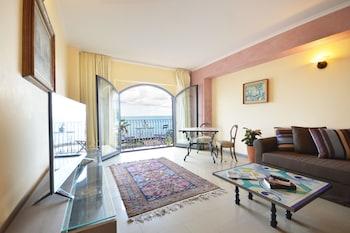 Mar Dei Poeti - Living Room  - #0