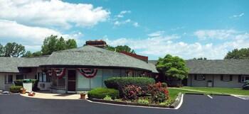 The Shaker Inn in Cincinnati, Ohio