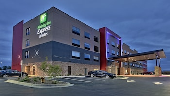 Holiday Inn Express and Suites Broomfield in Broomfield, Colorado
