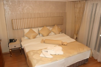 Blue Moon Apart Hotel - Guestroom  - #0