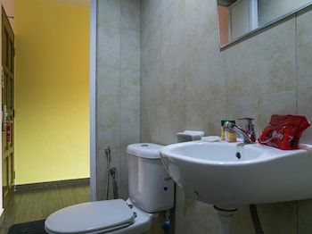 OYO Rooms Plaza Ampang City - Bathroom  - #0