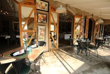 Art Lovers Guesthouse
