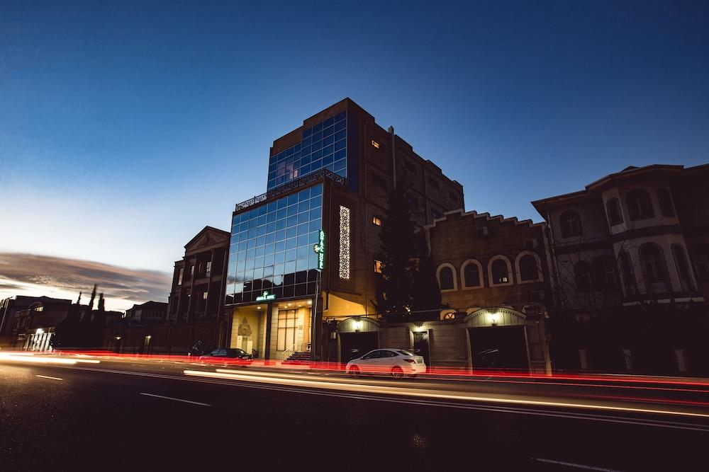Admiral Hotel Baku