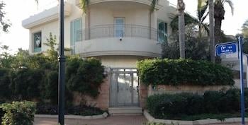 Luxury Villa in Herzeliya Pituach - Featured Image  - #0