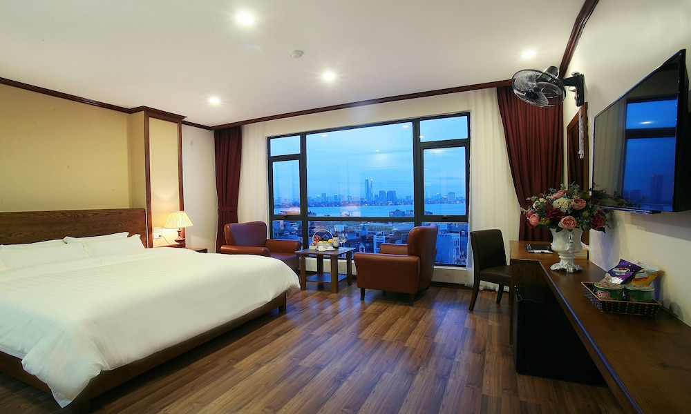 West Lake Home Hotel