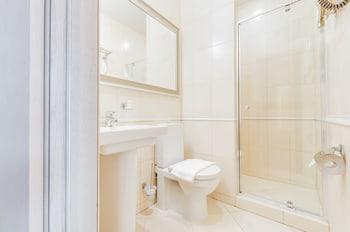 Rotas on Krasnoarmeyskaya - Bathroom  - #0