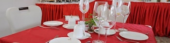 Hotel Ritz Sumbe - Dining  - #0