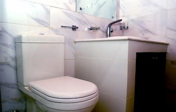 Hotel Silver Dew - Bathroom  - #0