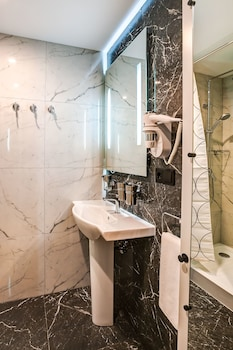 Mops Hotel and Spa - Bathroom  - #0