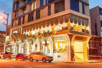 Photo for Tu Son Luxury Hotel in Tu Son