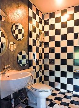 Dejamoon - Bathroom  - #0