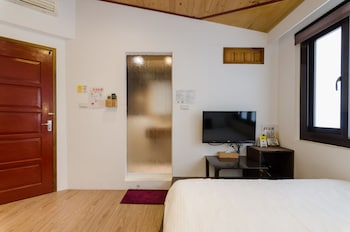 Slow Pace Tainan Hostel - Guestroom  - #0