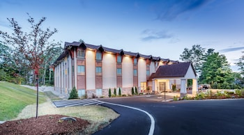 Arlington Hotel in Bethlehem, New Hampshire