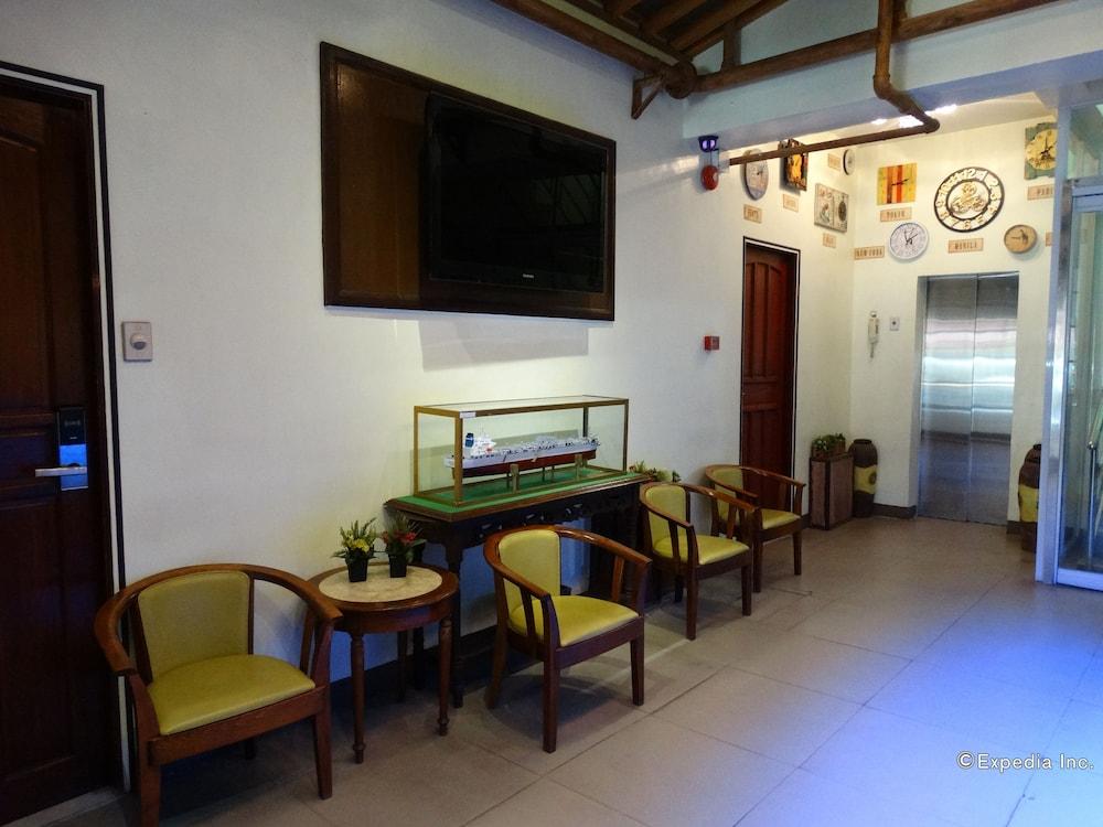 Time Traveller's Hotel