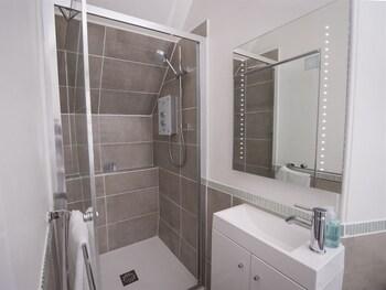 Morven Lodge - Bathroom  - #0