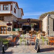 古德曼飯店及小酒館