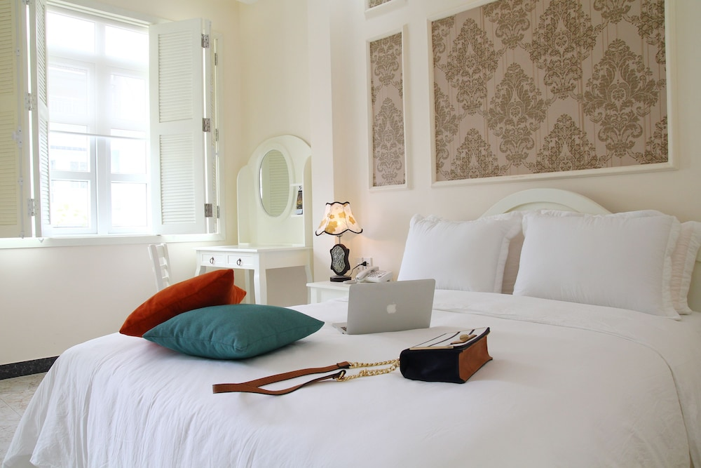 Chez Mimosa boutique hotel