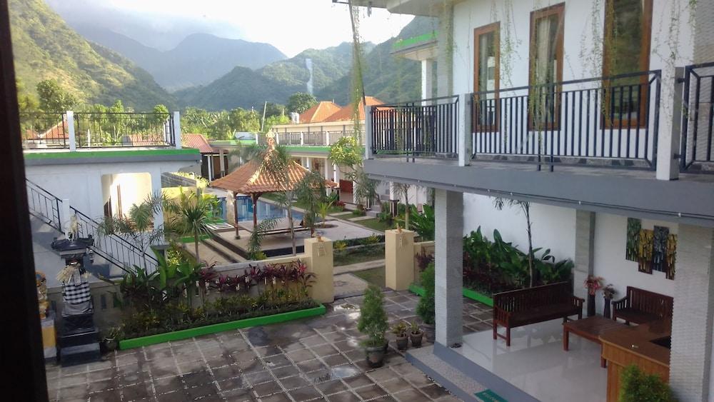 Sahera Hotel