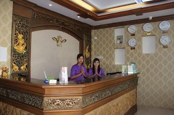 Hotel Wonderland - Interior Entrance  - #0
