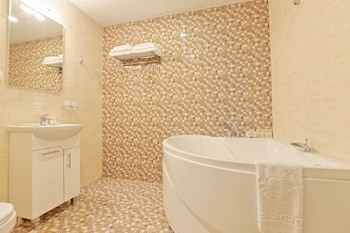Hotel Fortis - Bathroom  - #0