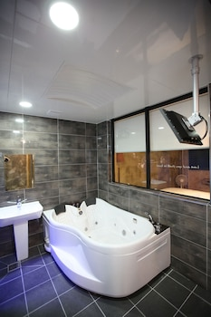 Time Hotel - Bathroom  - #0
