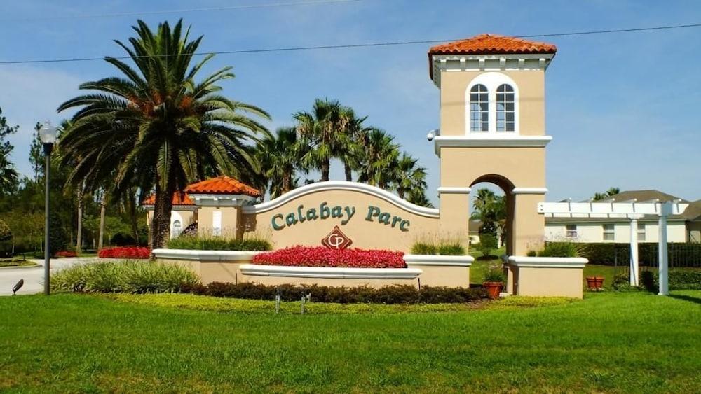Olga's Calabay Parc Villa 5 Bedroom IPG Florida