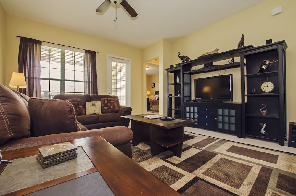 3BD 2BA Condo Sleeps 8 Gold RVC30663 Bedroom RHOF