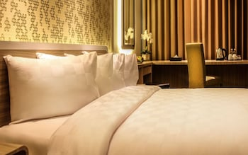 M Premiere Hotel - Guestroom  - #0