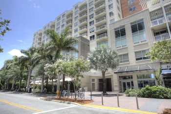 Nuovo Miami Apartments at Design District Midtown - Hotel Front  - #0