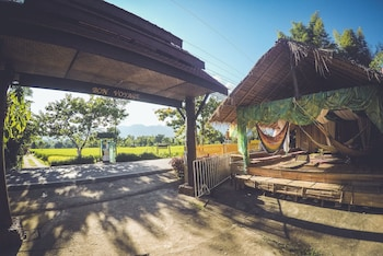 Photo for Buzza's Backpacker Pai - Hostel in Pai