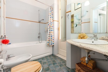 Apartment Quartieri Spagnoli II - BH 33 - Bathroom  - #0
