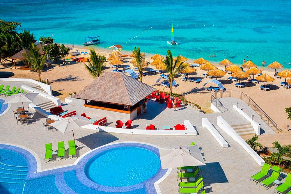 Royal Decameron Cornwall Beach All Inclusive Hotel In Montego Bay