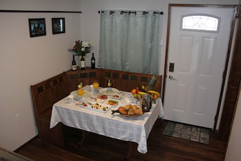 Kitimat Estuary Lodge B & B - In-Room Dining  - #0