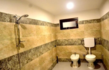 Shenal Residencies - Bathroom  - #0