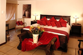Photo for Daisy Country Lodge in Springbok