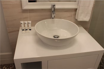 The Gallery - Bathroom Sink  - #0