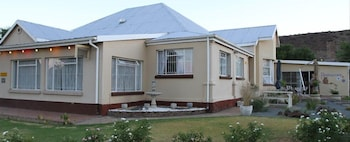 Photo for Die Kleipot Guesthouse in Colesberg
