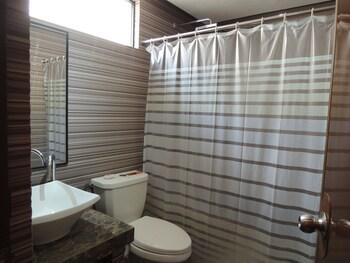Lantawan Resort - Bathroom  - #0