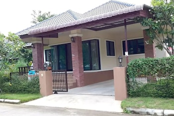 Chiang Mai's New Oasis in Ban Wangtan - Hotel Entrance  - #0