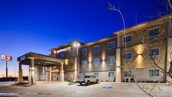 Best Western Plus Lonestar Inn & Suites in Colorado City, Texas