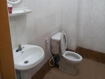 Royal Flower Guest House - Bathroom  - #0
