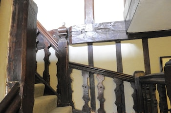 Taylour House - Staircase  - #0