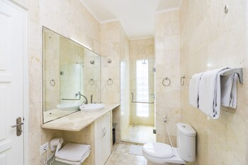 Beach Melati Apartments - Bathroom  - #0