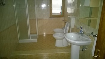 B&B Shalom - Bathroom  - #0